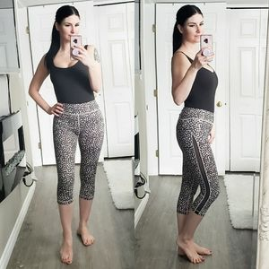 Lululemon * Gather & Sprint Crop * Ace Spot Sz 6